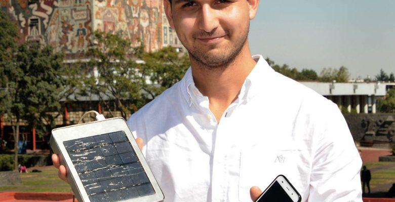 Estudiantes de la UNAM crean aparato para cargar celulares con energía solar
