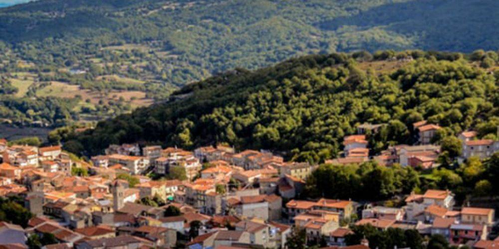 País europeo remata casas a 1 euro con el objetivo de repoblar sus ciudades