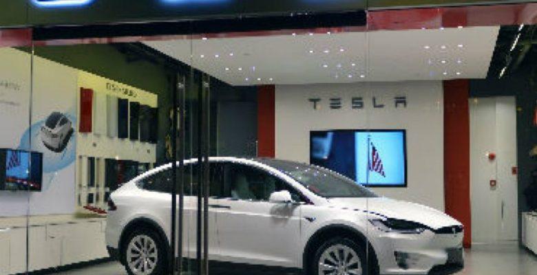 La razón por la que Tesla decidió cerrar todas sus tiendas