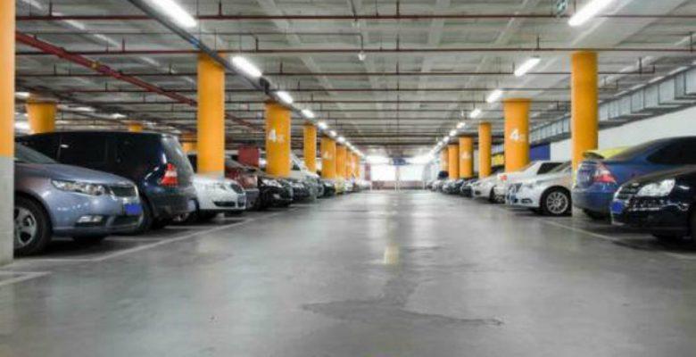 La iniciativa de Morena que podría acabar con el negocio de los estacionamientos