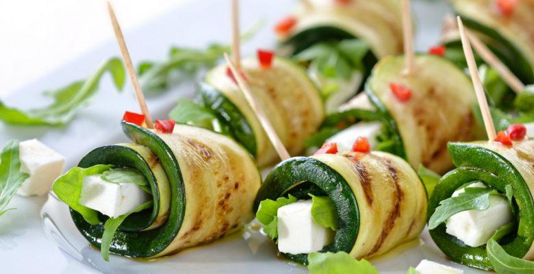 Snacks saludables y con pocas calorías que puedes comer en la oficina