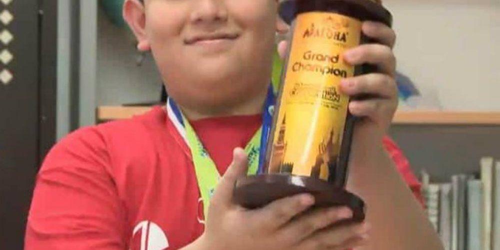 Niño campeón de cálculo mental pide ayuda para poder ir a concurso en China