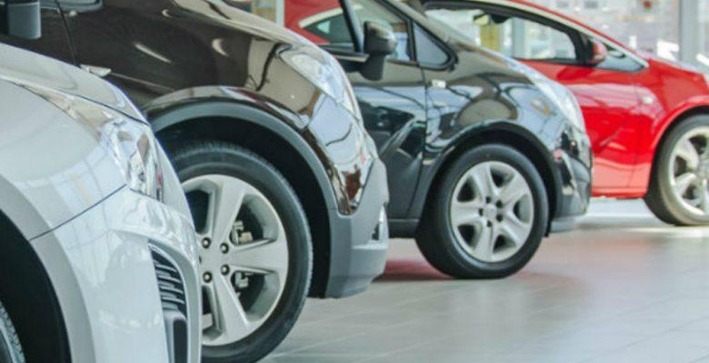 Autos del año que puedes comprar por menos de 200 mil pesos