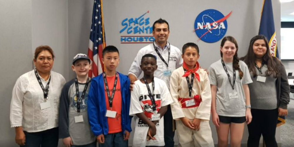 Joven indígena cumple su sueño y viaja a la NASA para recibir capacitación