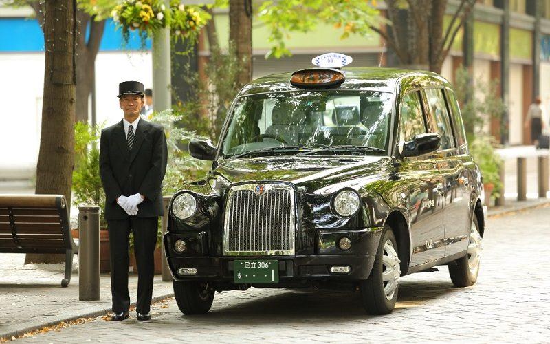 Así compiten los taxistas contra Uber y Didi en Japón