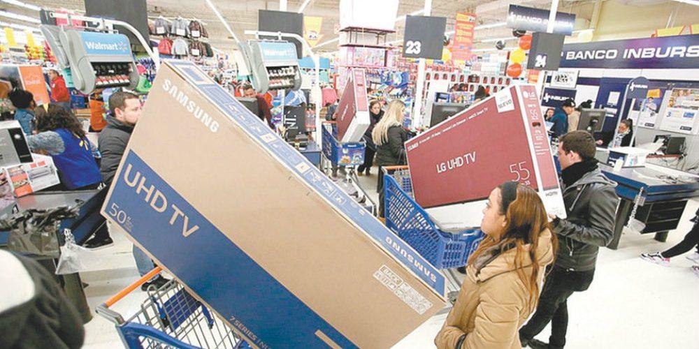 Por error Walmart remata sus pantallas e intenta cerrar la tienda para no venderlas