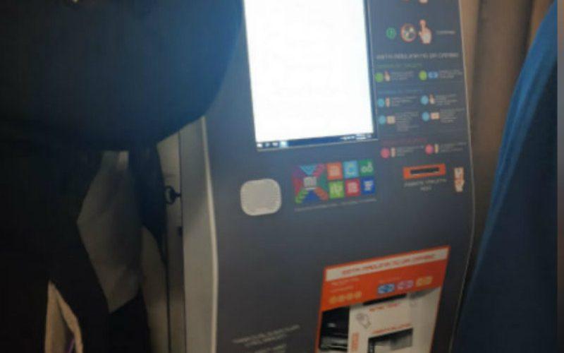 Instalan las primeras máquinas para recargar tarjetas del metro