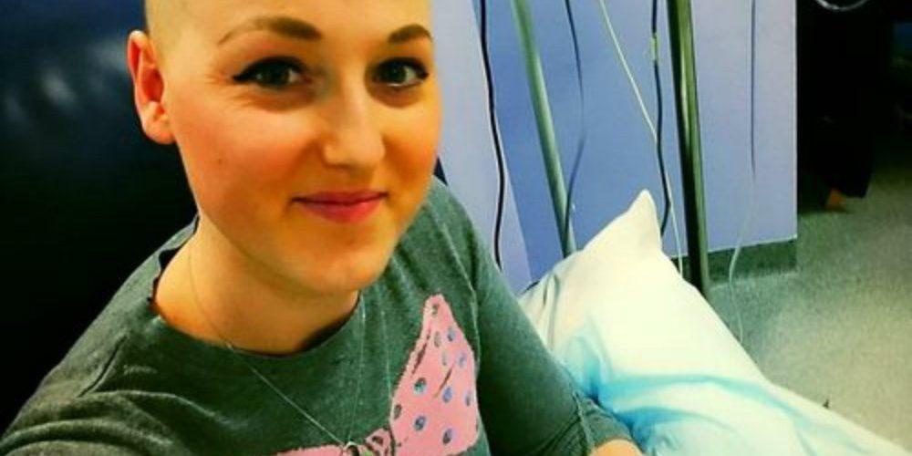 Le extirparon los senos y luego se disculparon porque no tenía cáncer