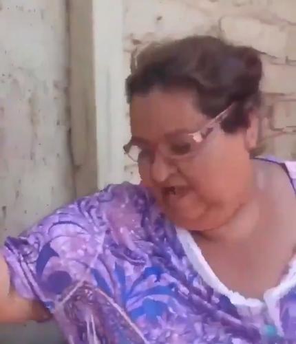 Mujer guatemalteca asegura que el jabón Zote es para perros