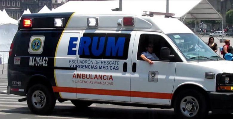 ambulancia en la calle