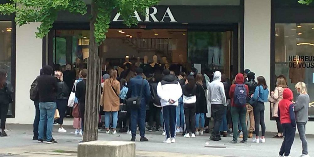 personas formadas para entrar a Zara