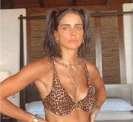 Bárbara de Regil muestra cómo es su abdomen sin photoshop