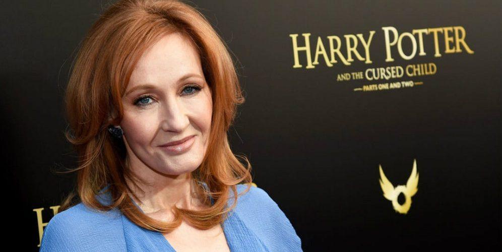 Acusan de transfobia a la escritora de Harry Potter