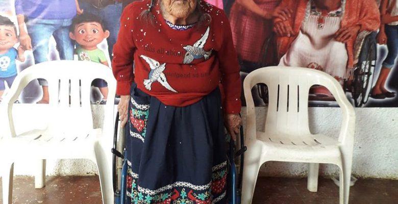 """""""Mamá Coco"""" existe y vive de forma humilde en Michoacán"""