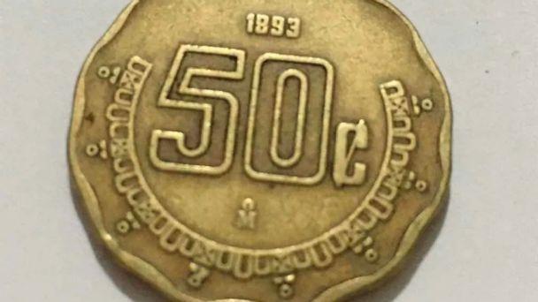 Venden hasta en 15 mil pesos monedas de 50 centavos del año 1993