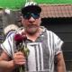 Trejo le lleva flores marchitas a Adame tras dar positivo a COVID-19