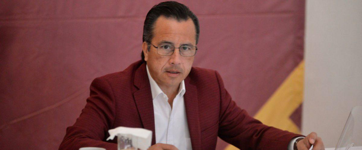 Comparan a Cuitláhuac García con Legarreta por dichos sobre nueva cepa de Covid-19