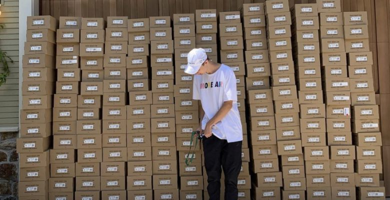 Directiva de Nike renuncia tras polémica porque su hijo revende tenis