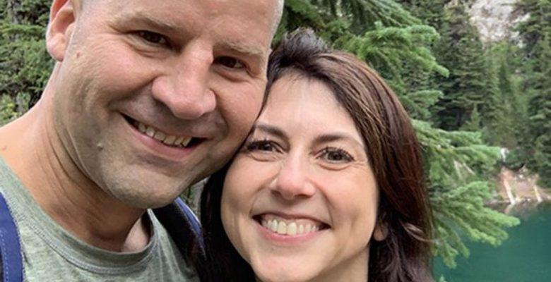 Exesposa de Jeff Bezos se casa con un maestro de la escuela de sus hijos