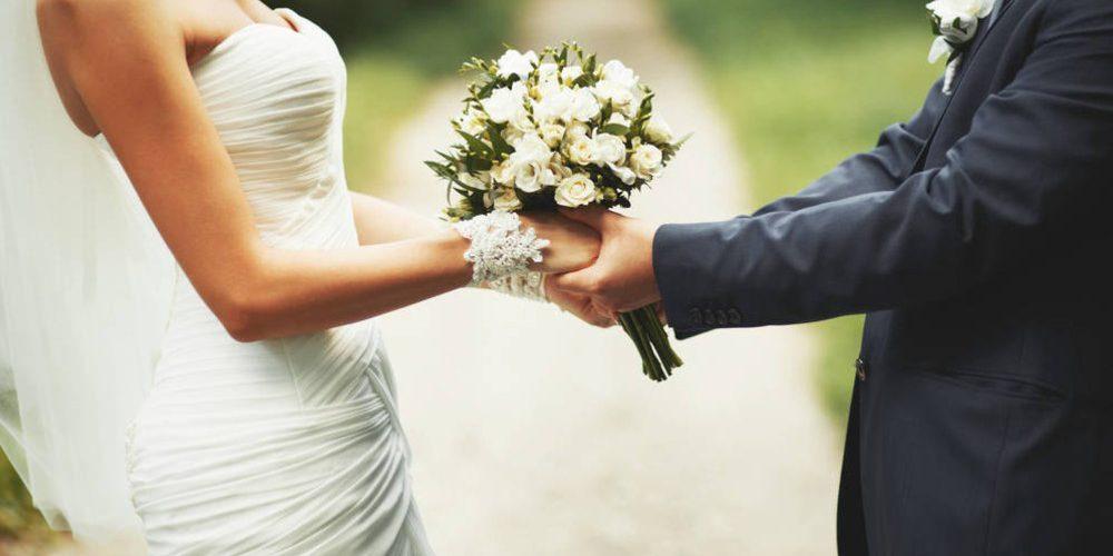 Su hermano gemelo se casa con su exnovia y le piden que sea el padrino