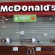 Todo el personal de un McDonald's renuncia y tienen que cerrar