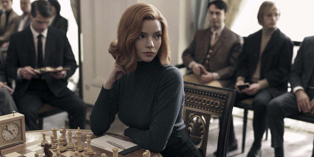 Demandan a Netflix por comentario sexista en la serie Gambito de dama